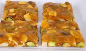 cashew nut brittle_