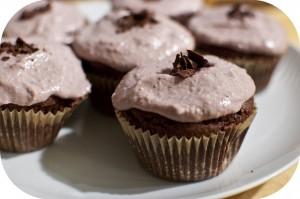 Dark Chocolate and Cashew Cupcakes