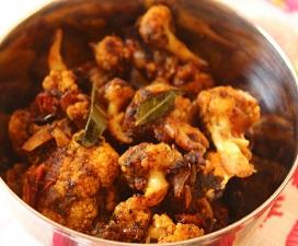 Pepper Garlic Cauliflower Roast